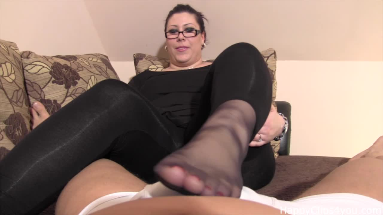 Carolina slippery massage with nylon foot smelling