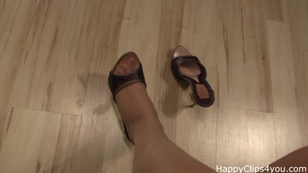 Grace stockinged feet, soles, and slipper plays