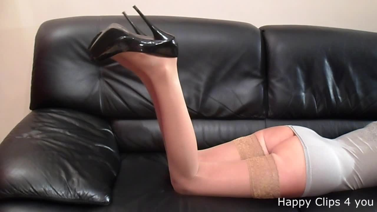 Black highheels shoeplay by Anique